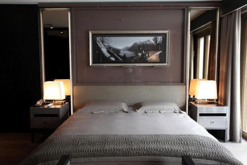 Res- hotel