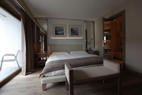 Res-hotel